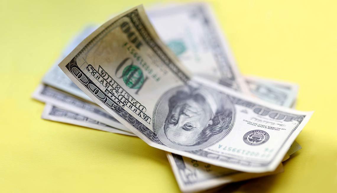 10 Money Wasters - lending money