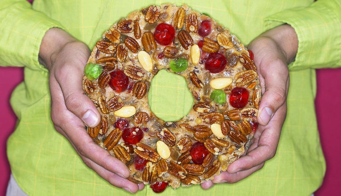 frugal holiday season ideas - fruit cake