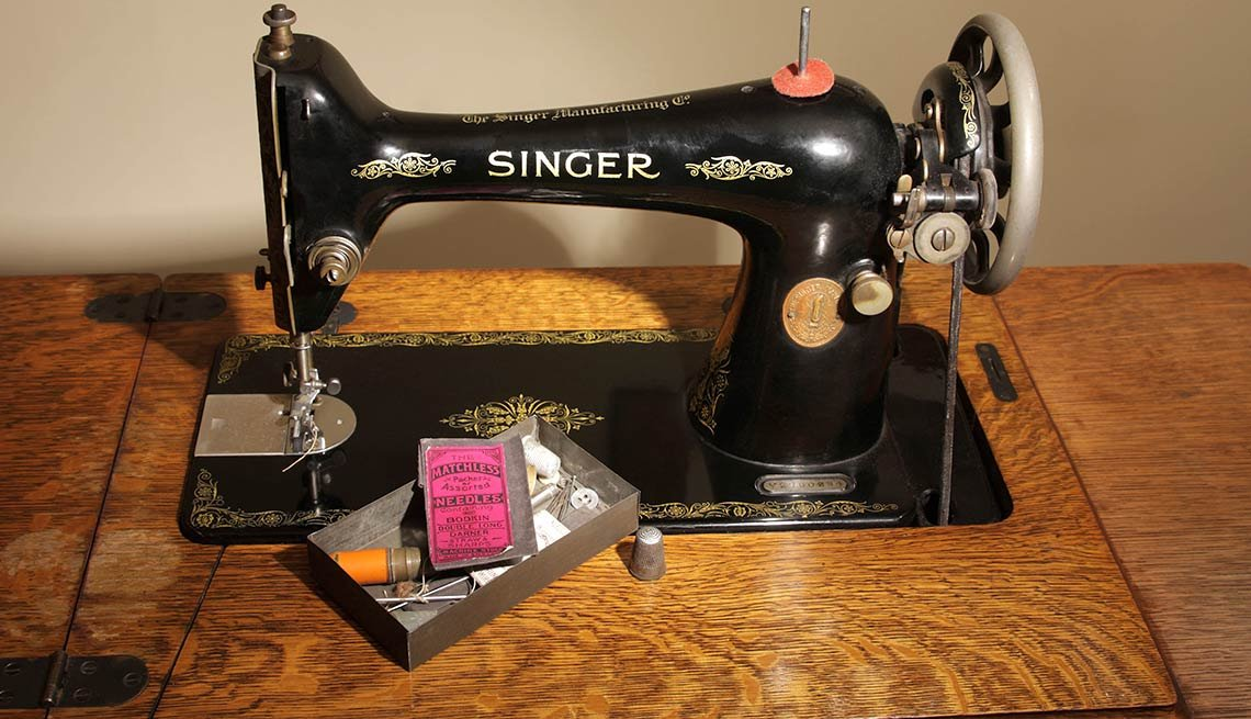 Things that are made to Last -   Singer Sewing Machine