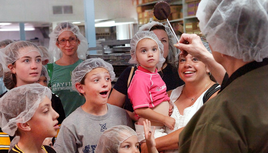 Fun Summer Things To Do With Grandkids - Free Factory Tours