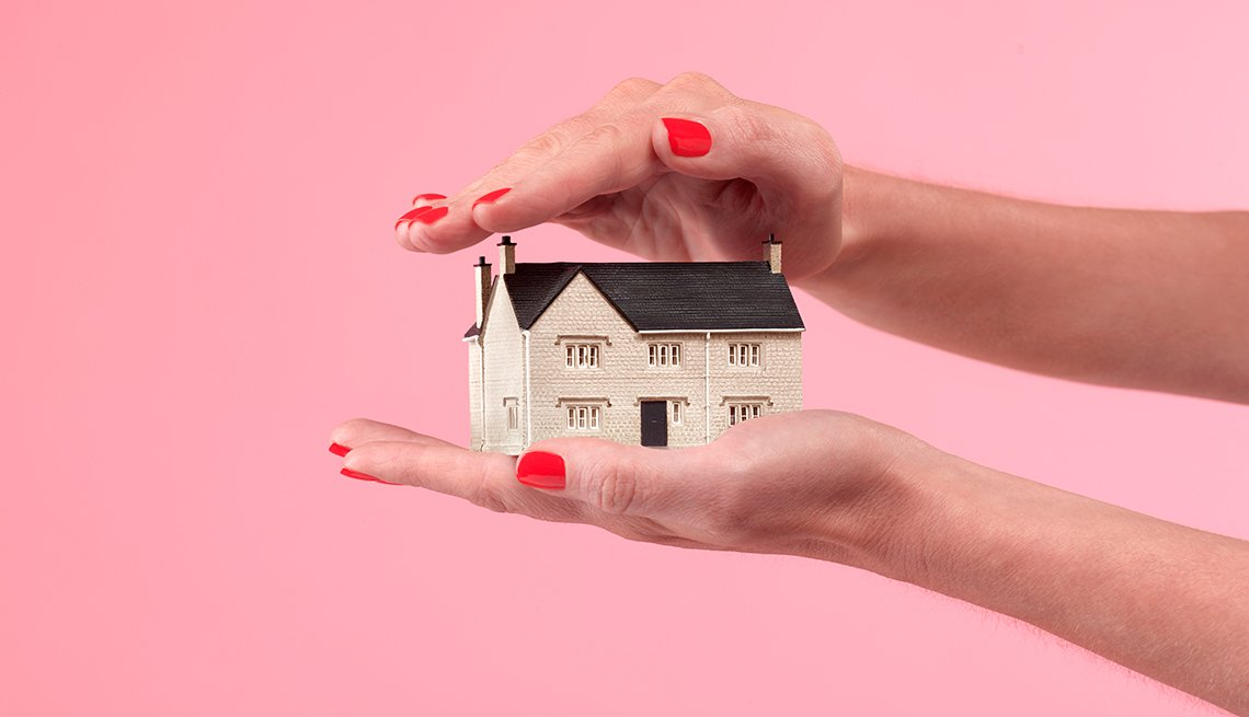 Homeowners Rush to Get Reverse Mortgages