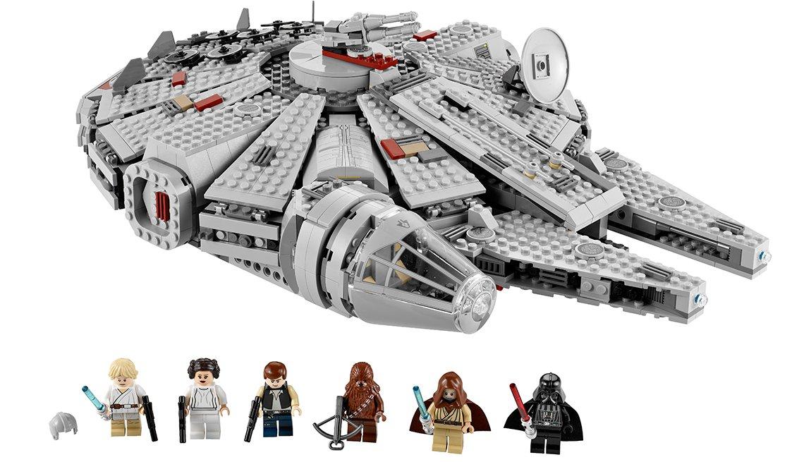 Un set de Lego la la nave Milleniumn Falcon de la serie la Guerra de las Galaxias, artículos de colección de valor