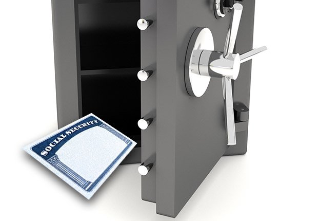 Social Security card in safe, Anatomy of an Identity Theft