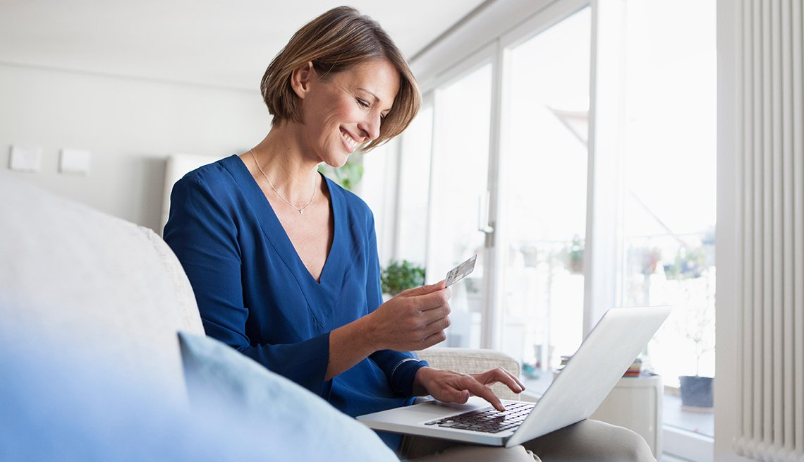 How to be a better online shopper  7 or so tips on how consumers can stay safe while shopping online
