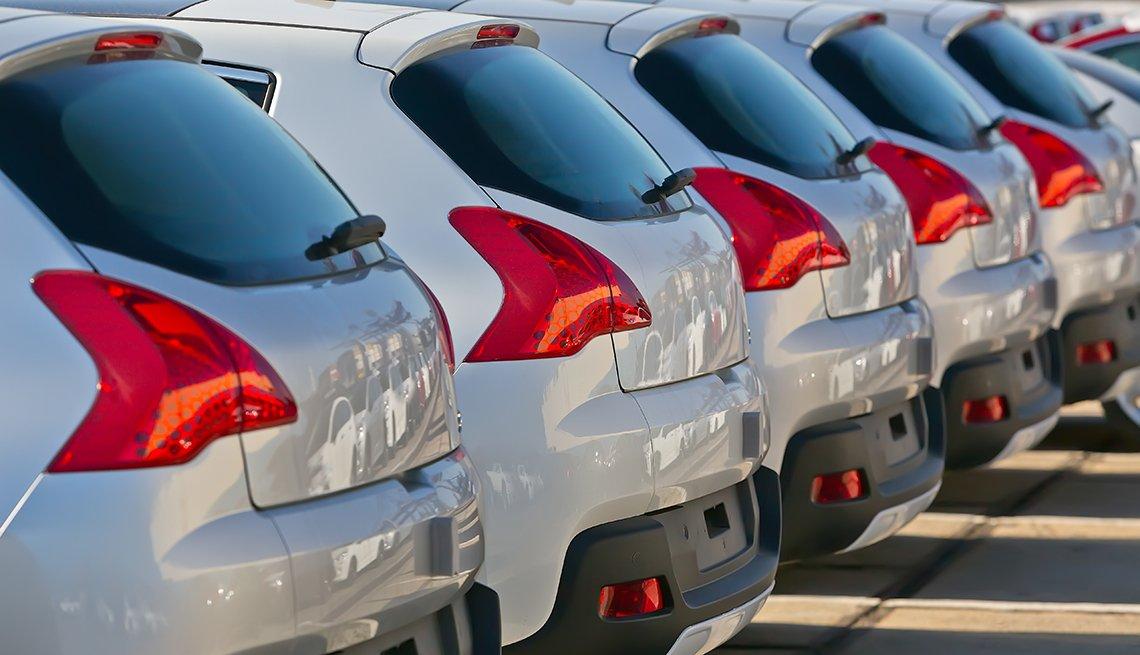 Row of Cars, Car Rental Scams