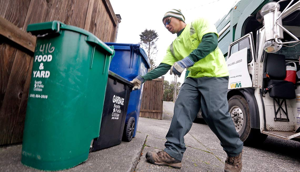 Seattle, encourage recycling, composting, That's Outrageous