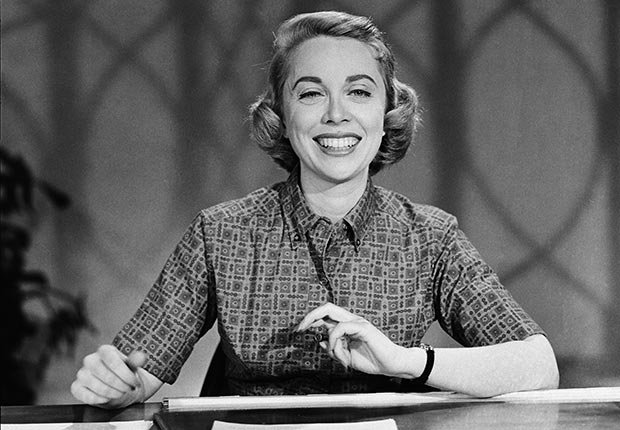 Dr. Joyce Brothers, Obits 2013: Newsmakers (Herb Ball/NBC/NBCU Photo Bank via Getty Images)