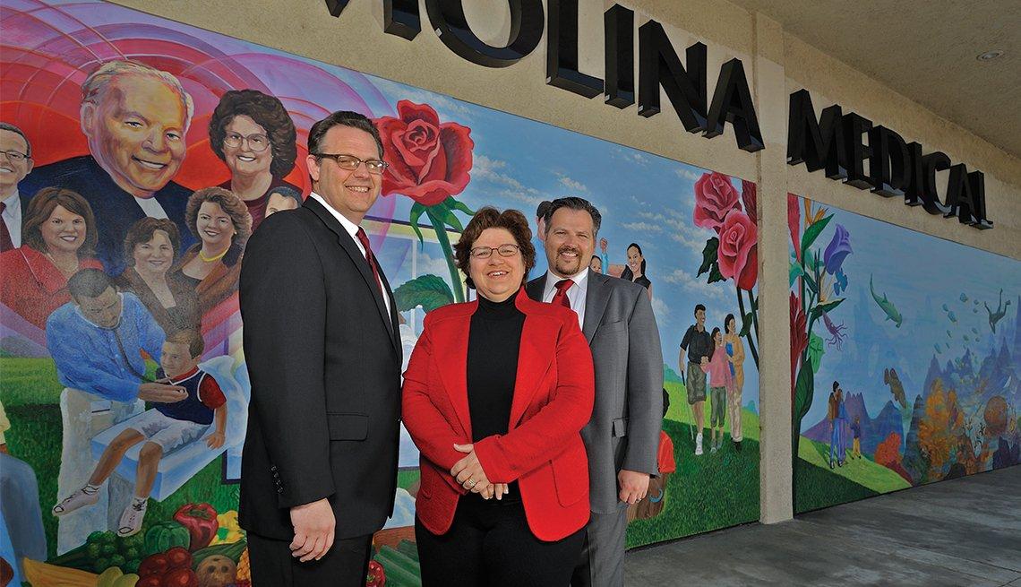 J. Mario Molina (1958), Martha Molina Bernadett (1963) and John Molina (1964)
