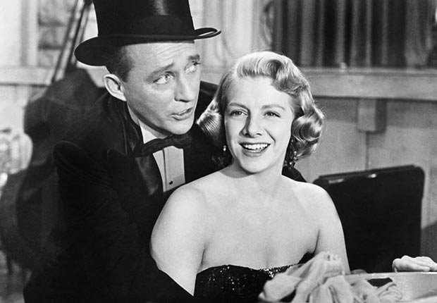WHITE CHRISTMAS, from left: Bing Crosby, Rosemary Clooney, 1954