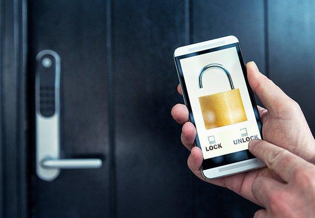 Travel: Smartphones as Room Keys