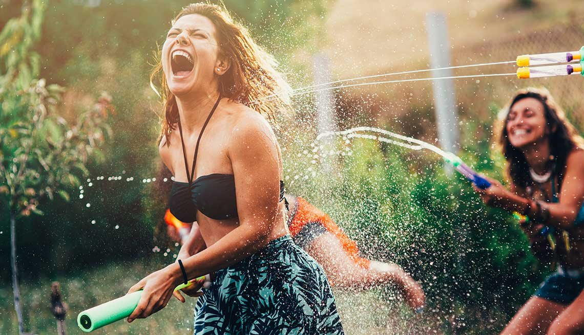 10 Throwback Ways to Enjoy Summer Fun - water gun