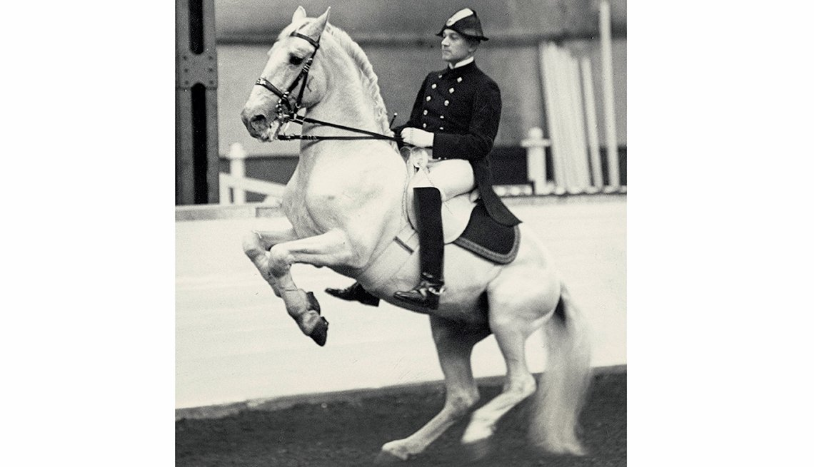 10 Great Older Olympians Who Went for the Gold - Arthur von Pongracz, equestrian