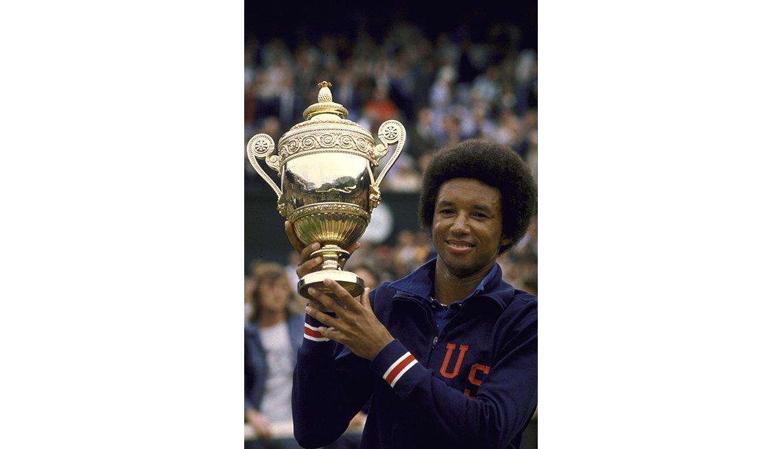 Arthur Ashe gana Wimbledon