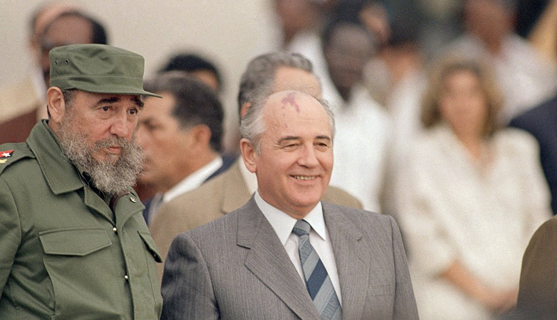 Fidel Castro y Mijail Gorbachov