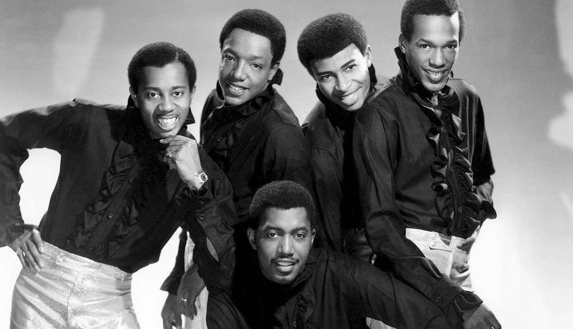 12 R&B Hits Still Applauded 50 Years Later -Temptations