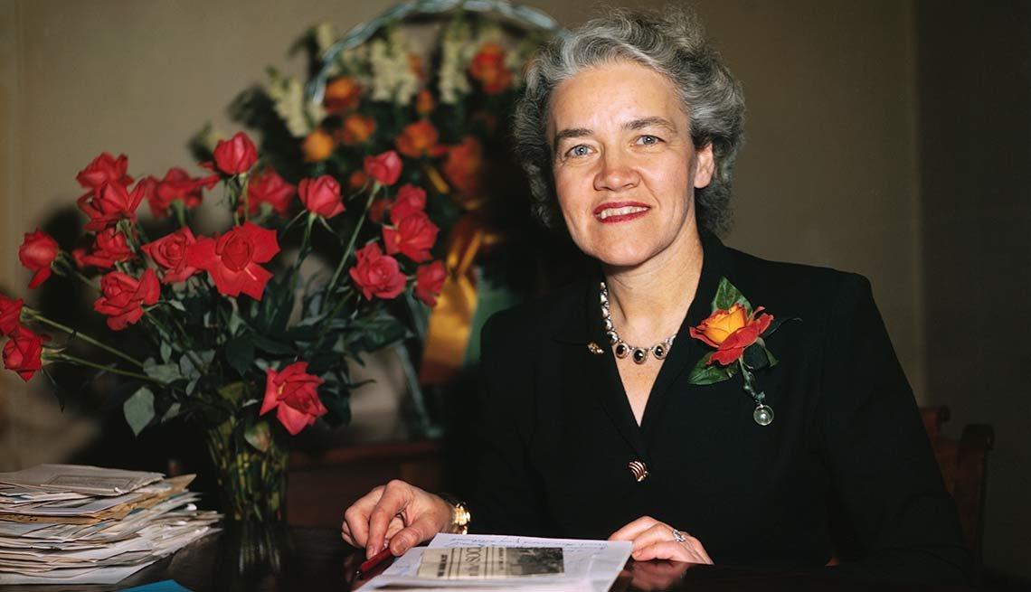 Margaret Chase Smith - Mujeres que han aspirado a la presidencia