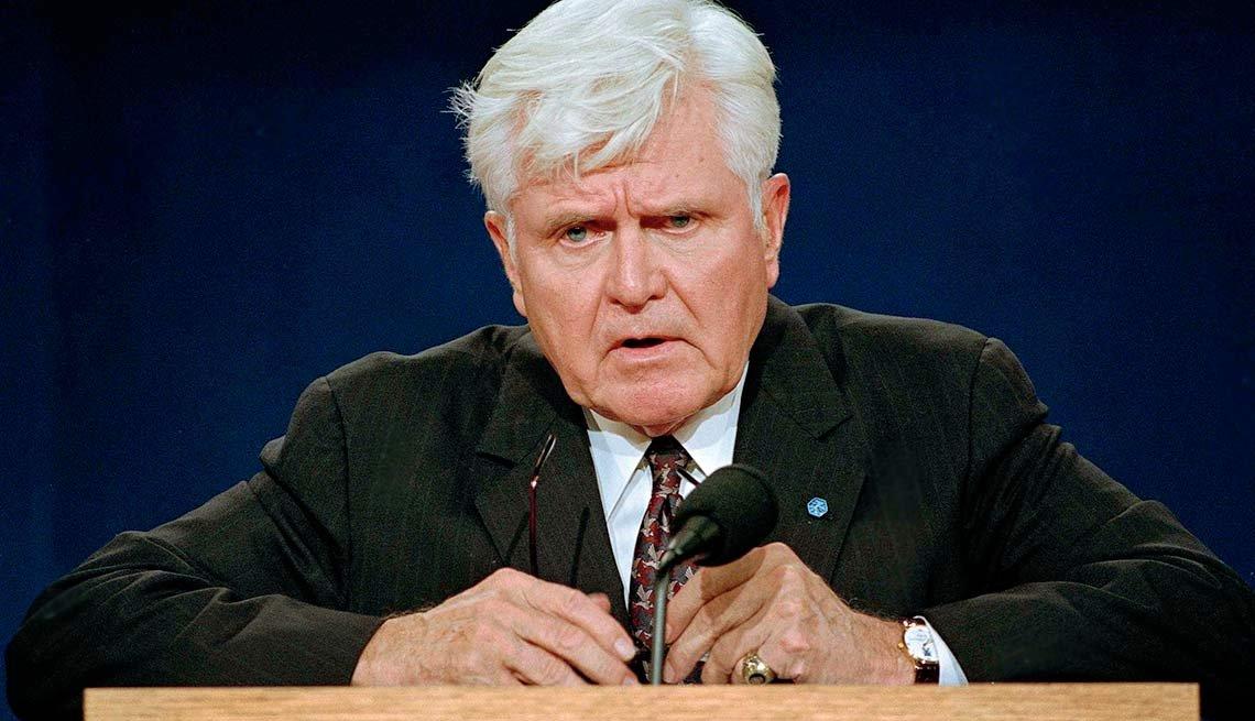 10 Weird things that happened during presidential campaigns - VP Debate Stockdale