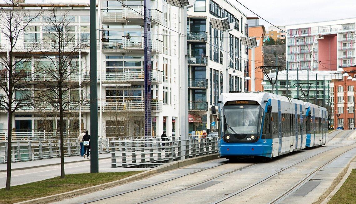 Light rail, Apartment buildings, urban, AARP, Public Policy Institute, Issues, Livable Communities