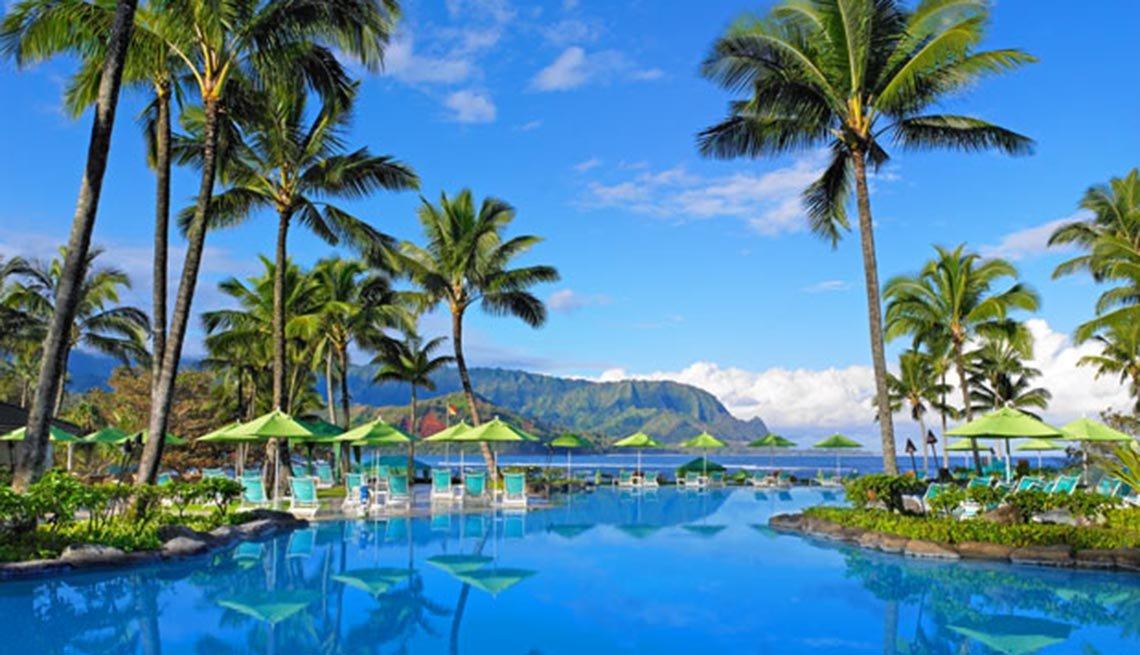 Piscina en St. Regis Princeville, 10 grandes piscinas de hoteles en los Estados Unidos