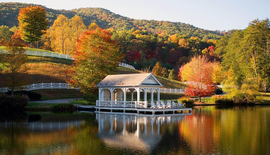 Lugares donde disfrutar el paisaje de otoño