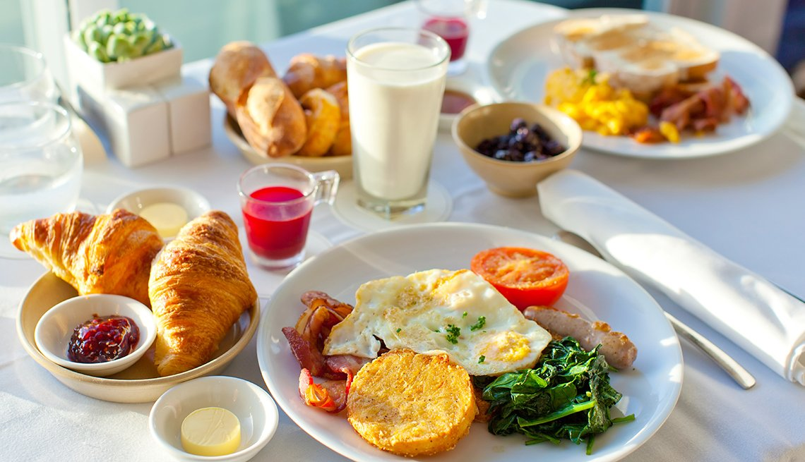 Breakfast Food on Table with White Table Cloth, Tips for Stretching Your Hotel Dollars