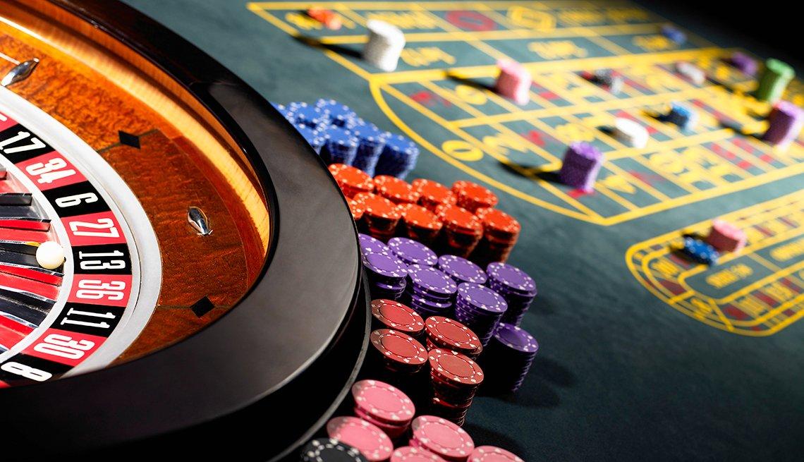 Gerente de casino - Empleos con un salario anual superior a los 100 mil dólares