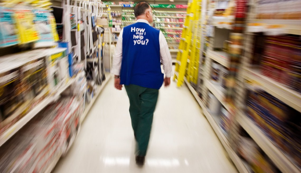 Walmart won't add seasonal staff