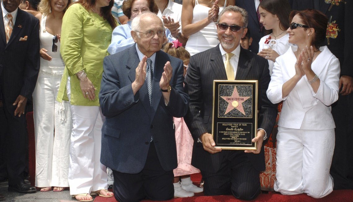 Entertainer Emilio Estefan, Gloria Estefan, Hollywood walk of Fame, Failure is the New Success