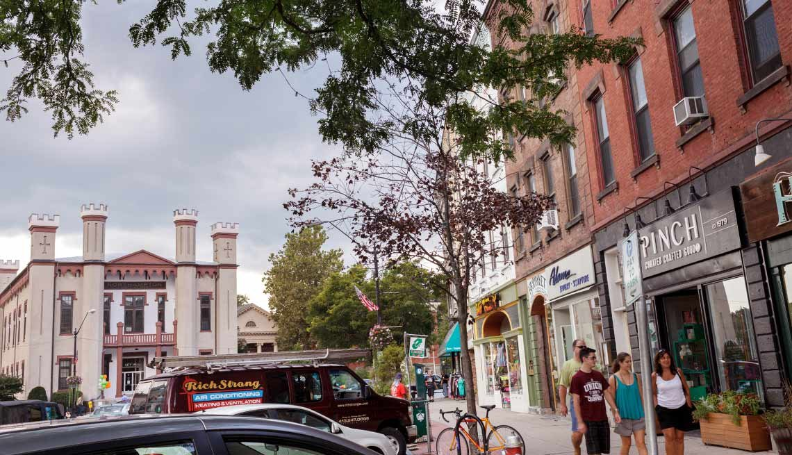 10 Great Places to Live and Learn - Northampton, Mass.