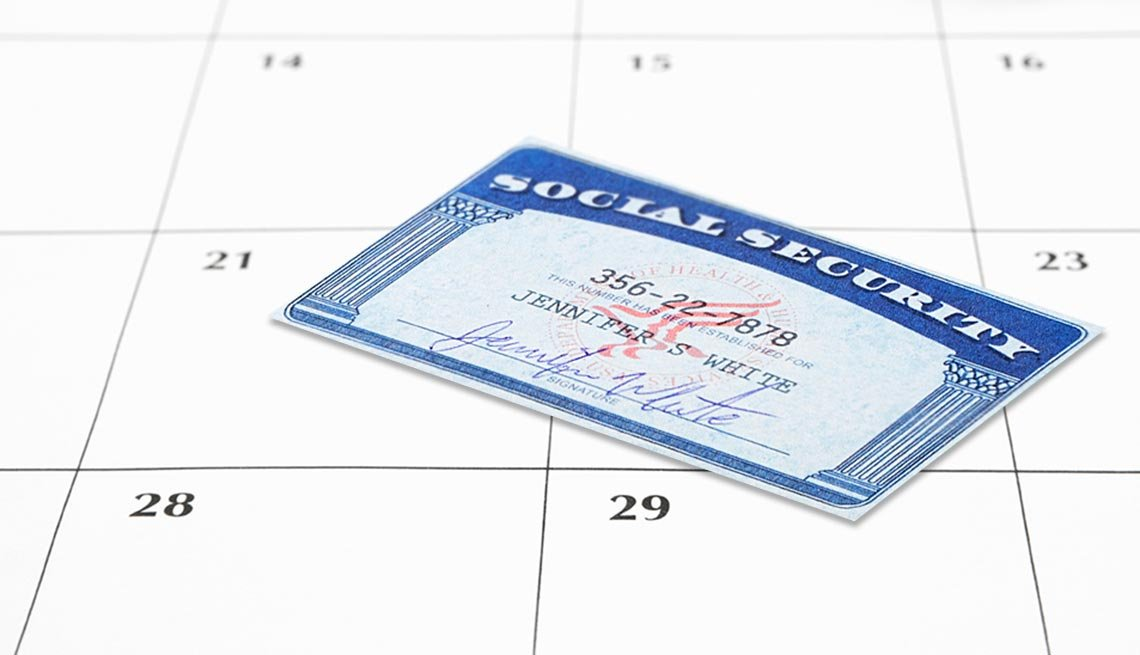 Social security card on calendar, How to Start the Social Security Benefits Flowing