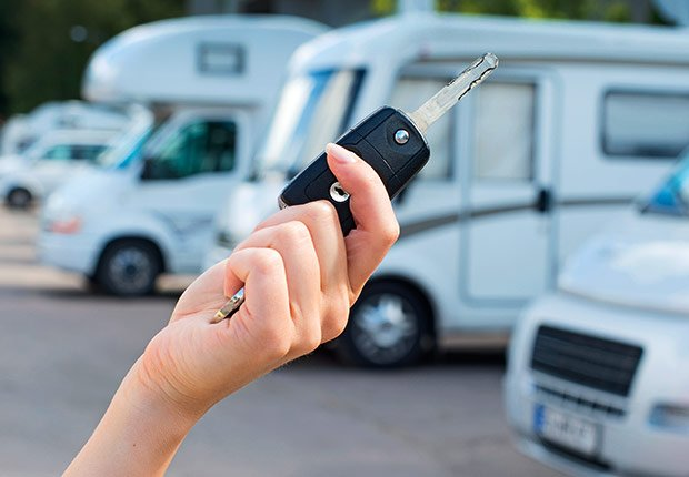Outfit your rig. Start-up costs vary, depending on the size and type of camper, how elaborate you want it and whether a tow vehicle is necessary. A common combination is a three-quarter-ton pickup truck and fifth-wheel trailer which cost about $45,000 each, new