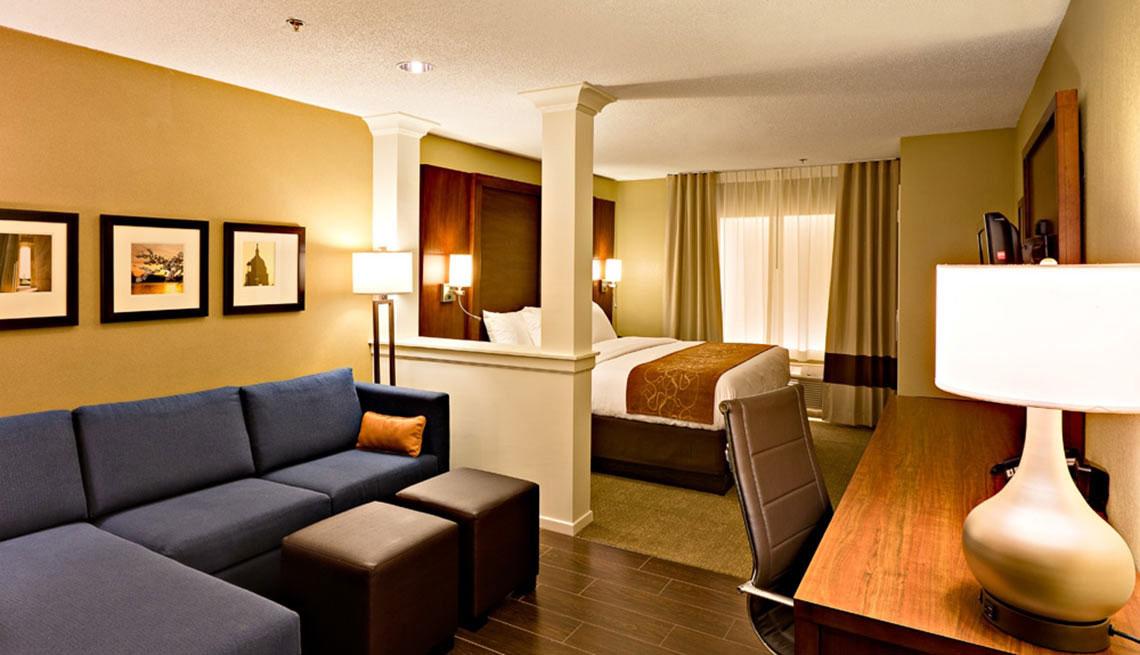 Comfort Suites Hotels Discount An Aarp Member Benefit