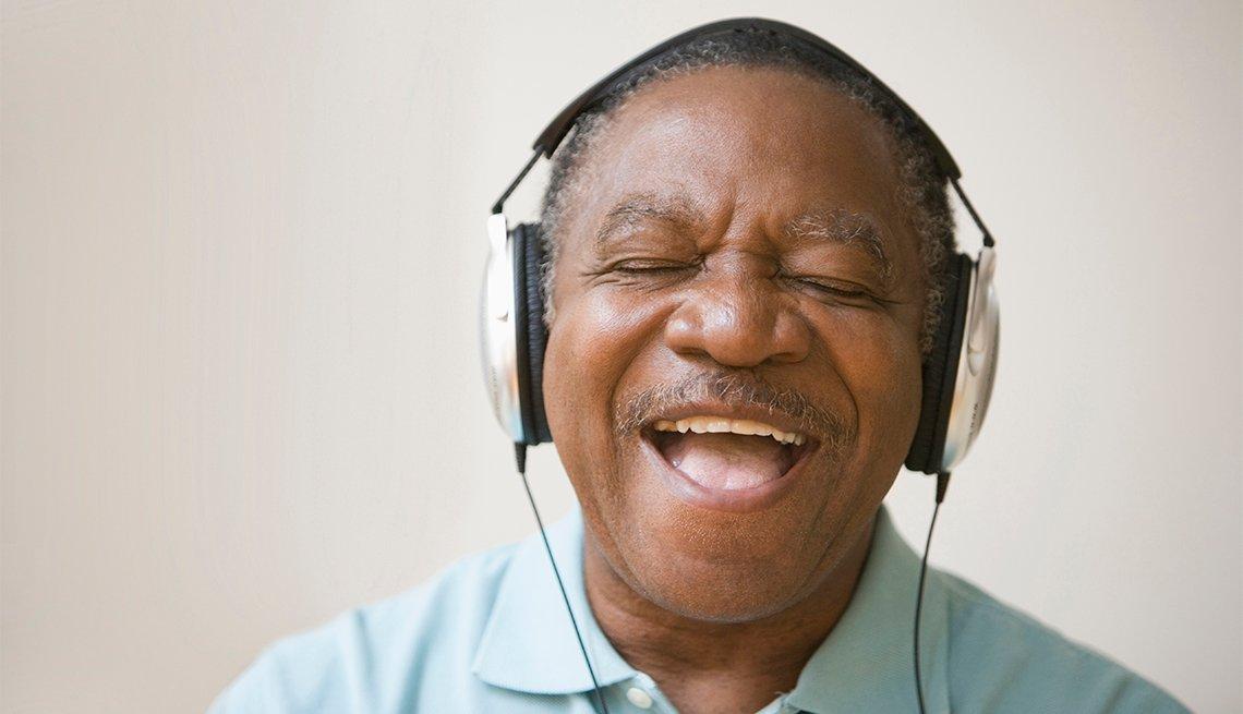 Man listening to music on his headphones