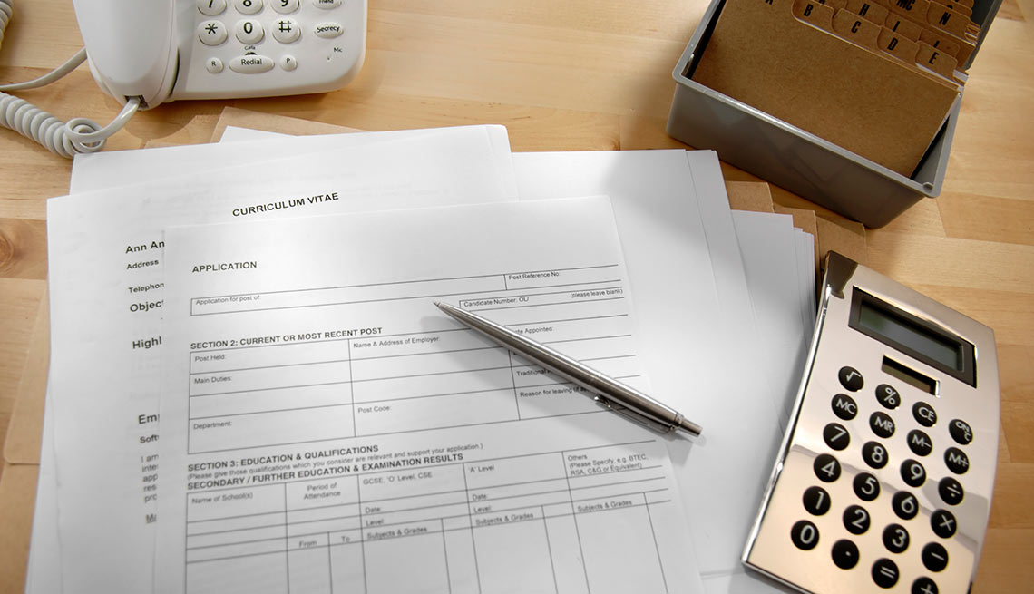 Work Essentials / Formularios en un escritorio