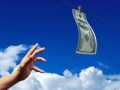 hand money sky, elder watch (Istockphoto)