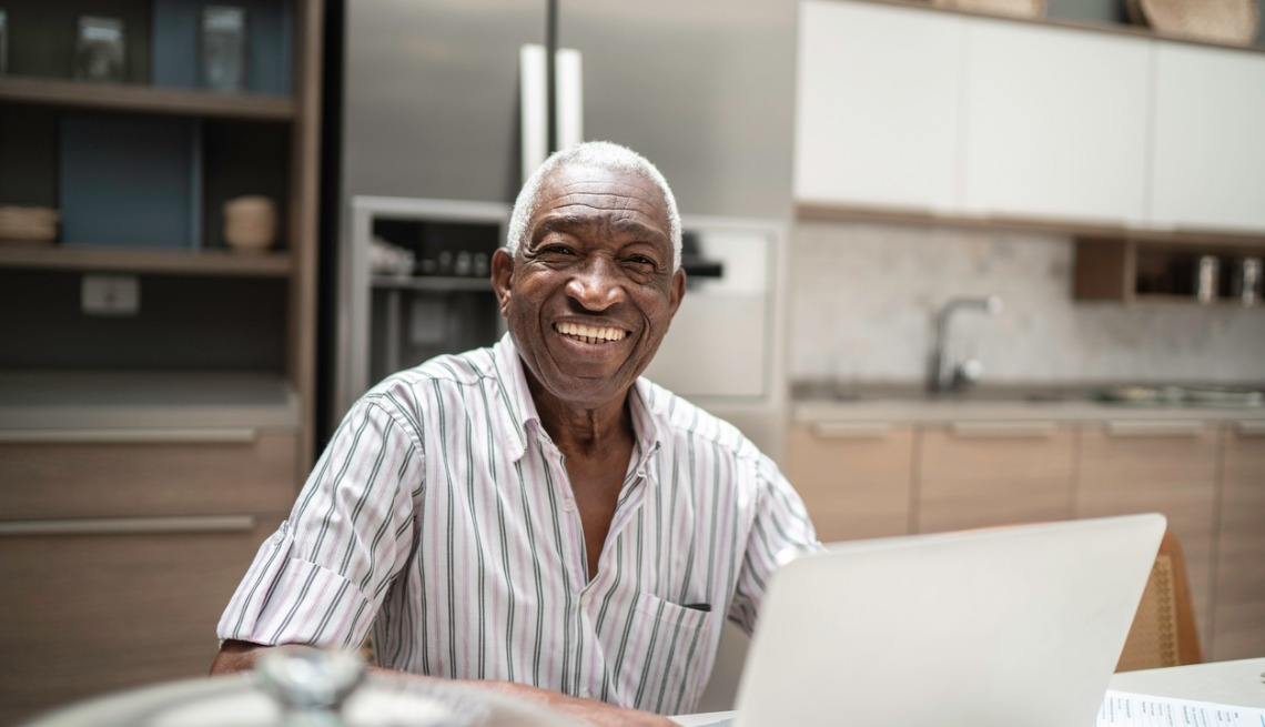 image-of-senior-man-using-laptop