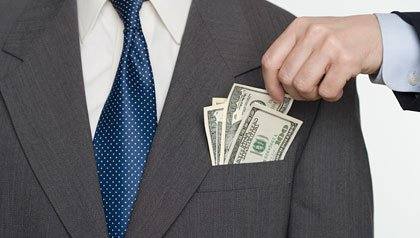Businessman picking a pocket, SEC commends foundation