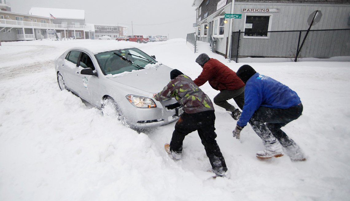 Winter Storms, Nick Buonanno, Braden Haskell, Kurt Wenzel help motorist stuck in snowbank, Wells, Maine, AARP Foundation, Disaster Relief