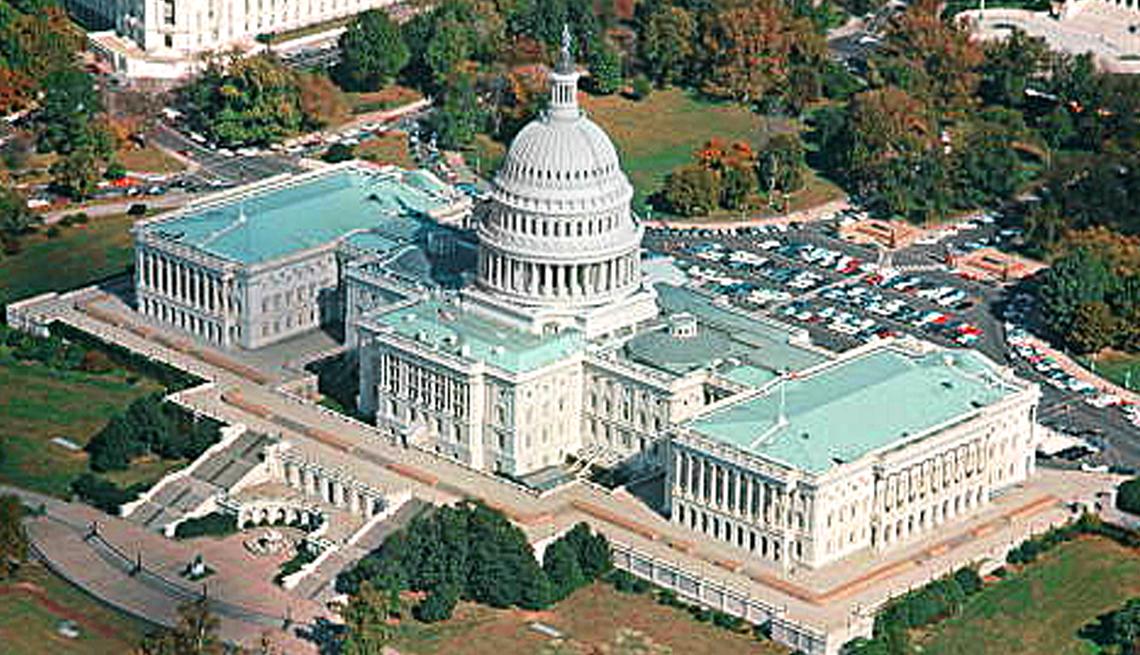 item 5 of Gallery image - Vista aérea del Capitolio en Washington.