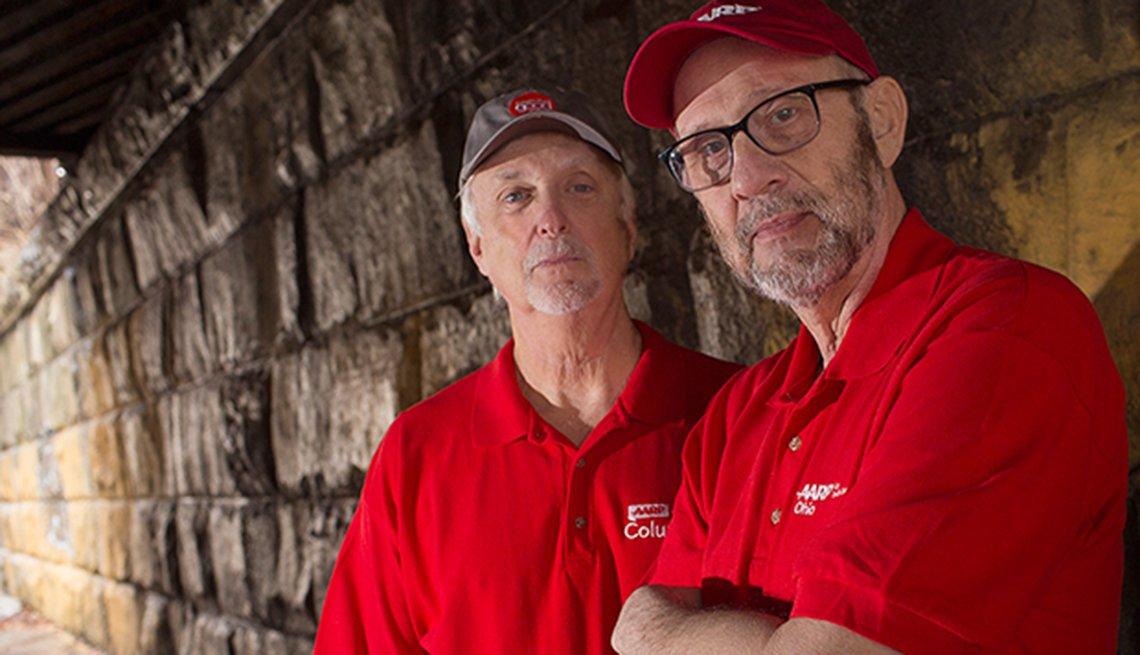 Mike Kessler y Phil Smith son un popular dúo de comedia de Ohio