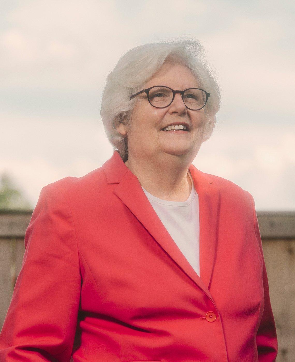 Nancy LeaMond, directora de Activismo y Compromiso de AARP.