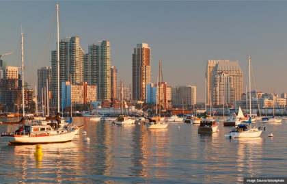 Vista de la marina de San Diego, California.