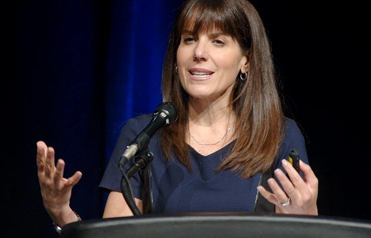 AARP Financial Ambassador, Jean Chatzky, appeared at Life@50+ Boston.