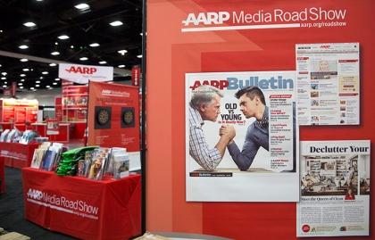 Exposición itineraria durante el evento nacional de AARP en San Diego.