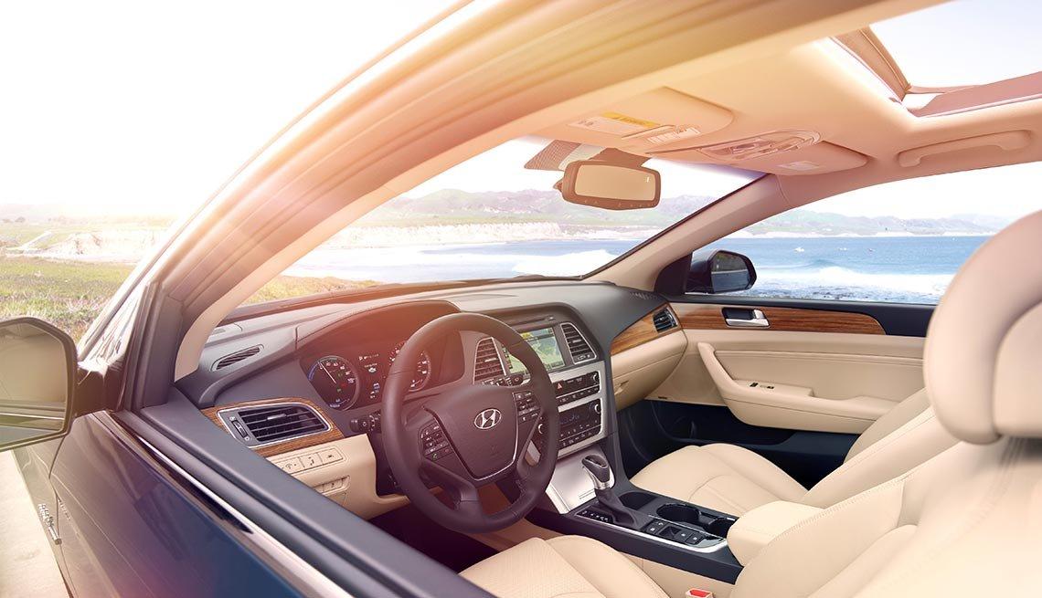 Automóviles para desplazarse al trabajo - Hyundai Sonata Hybrid