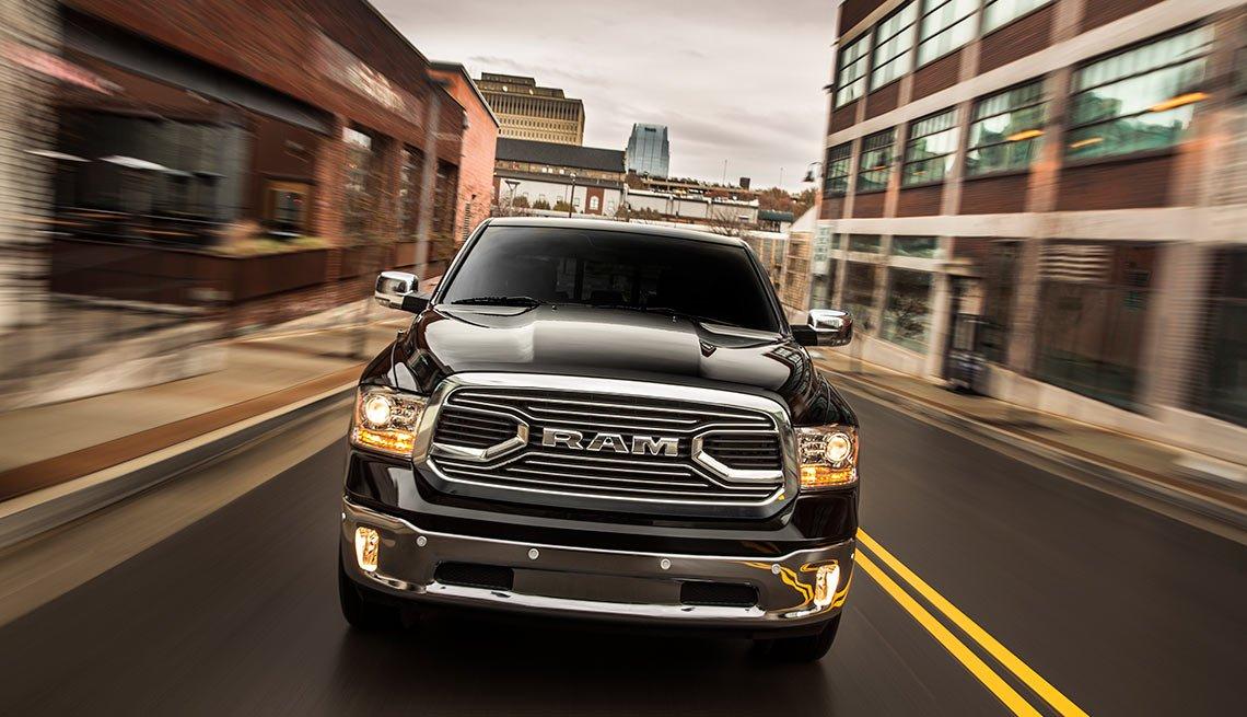 Automóviles para desplazarse al trabajo - 2016 Ram 1500 Laramie Limited Crew Cab 4x4