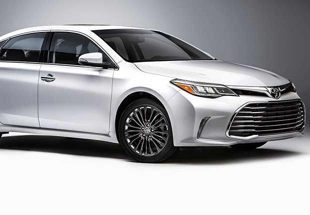 Automóviles para desplazarse al trabajo - Toyota Avalon