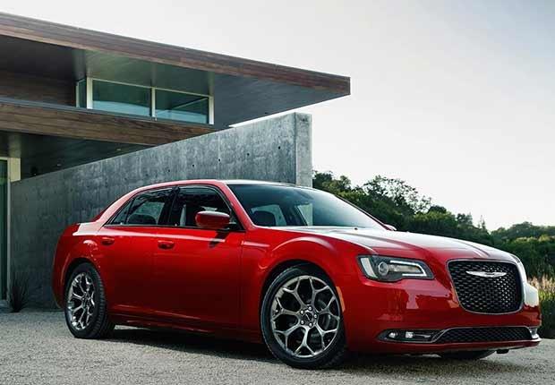 great road-trip cars , 2016 Chrysler 300S