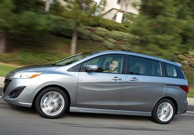 Autos excelentes para alquilar en tus viajes - Mazda5 mini-minivan