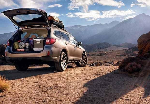 Autos excelentes para alquilar en tus viajes - Subaru Outback